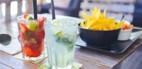 Крепкие и согревающие коктейли в ресторане «Шикари»